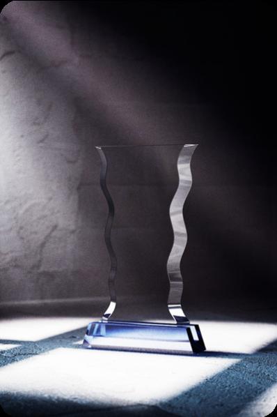 Falowana plakieta szklana