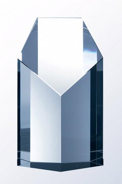 Masywny obelisk