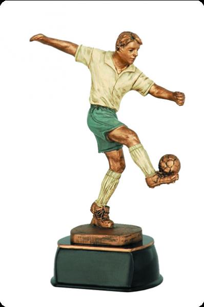 Piłkarz żonglujący piłką